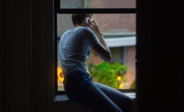 Sospetti un tradimento? Dieci importantissimi segnali da non sottovalutare...