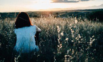 No, non stai amando troppo. Stai soltanto amando la persona sbagliata.
