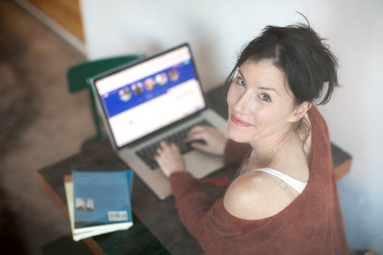Il dating online tra insidie ed opportunità