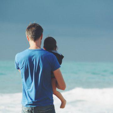 Stai frequentando un papà single? Ecco alcune cose che devi sapere.