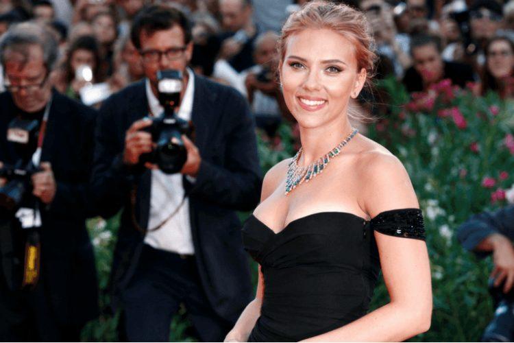 Il segreto della splendida pelle di Scarlett Johansson: l'aceto di mele