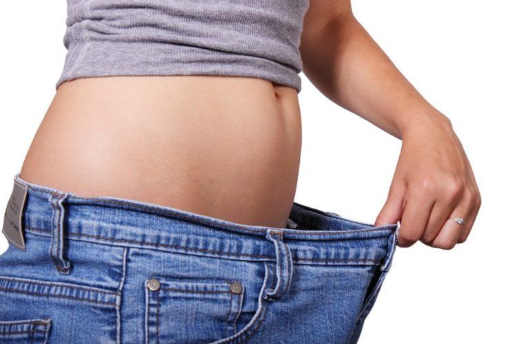 Pancia piatta: come eliminare il grasso addominale in 7 punti