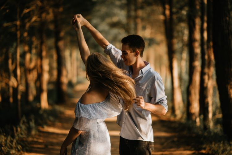 Colpire qualcuno che ti piace: quel che gli uomini amano